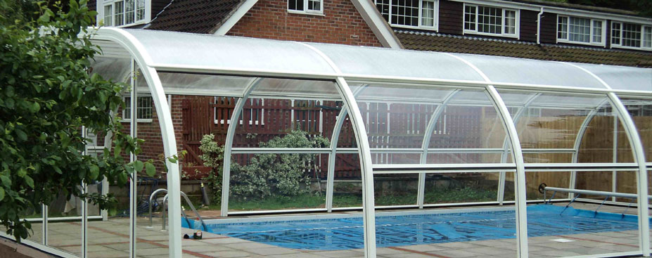 Swimming pool enclosures swimming pools for Greenhouse over swimming pool